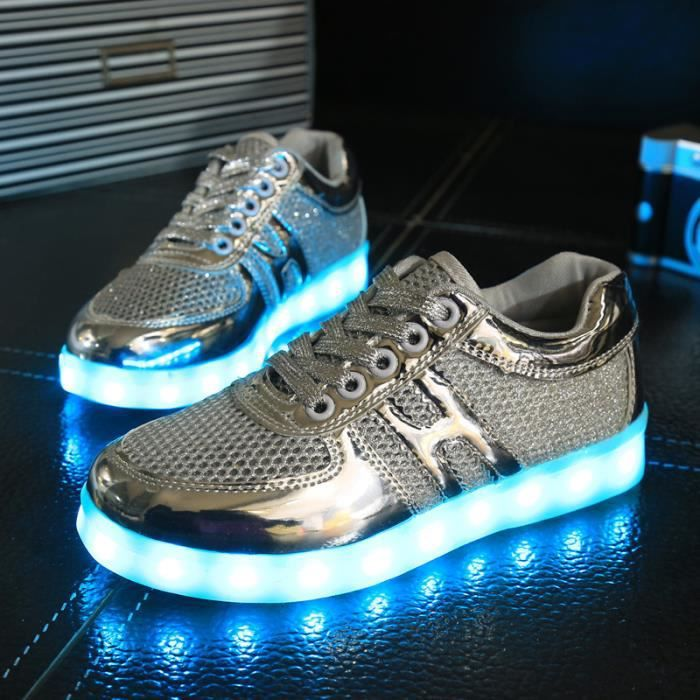 Hiver Plush 7 Couleur respirant Chaussures clignotants LED Sneakers