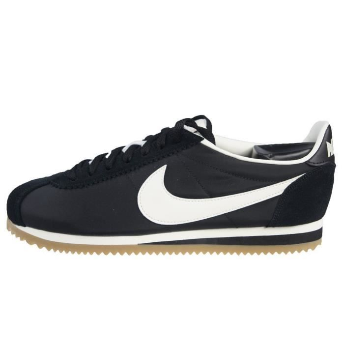 new products e5f64 8ac10 BASKET Chaussures Nike Classic Cortez Nylon Prem