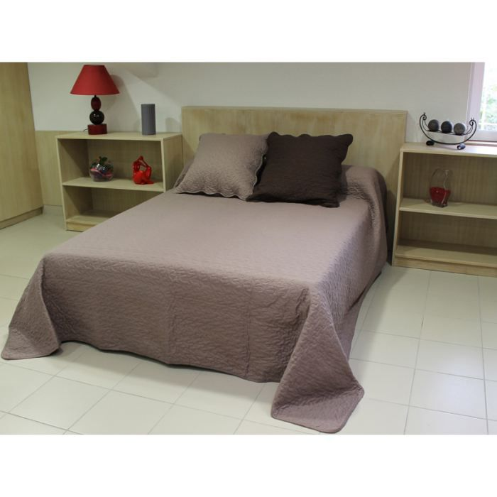 couvre lit boutis uni taupe matelass 180x220 cm achat vente jet e de lit boutis soldes. Black Bedroom Furniture Sets. Home Design Ideas