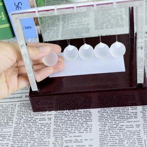 LIVRE SCIENCES Newtons Cradle LED Light Up Bureau de l'énergie ci