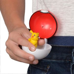 FIGURINE - PERSONNAGE POKEMON - Poké Ball et sa figurine 5 cm Pikachu