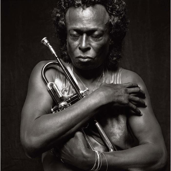Poster Affiche Miles Davis Jazz Trompette Artiste Jazzmen Tutu 80's 31cm x 31cm