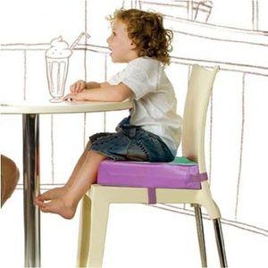 RÉHAUSSEUR SIÈGE  La chaise de bébé a augmenté des enfants de garnit