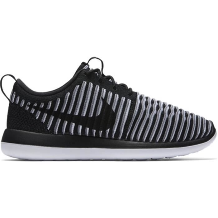 BASKET Chaussures Nike Roshe Two Flyknit