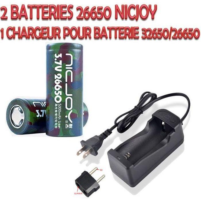 Pack de 2 piles batteries Rechargeables 26650 5000mAh + Un chargeur de voyage avec adaptateur US-EU pour Torch et Lampe