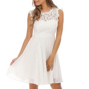 ROBE Robe blanche avec dentelle
