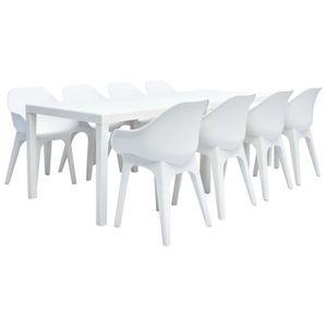 Table de jardin et 8 chaises plastique