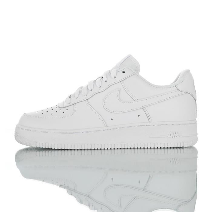 chaussure blanche nike homme
