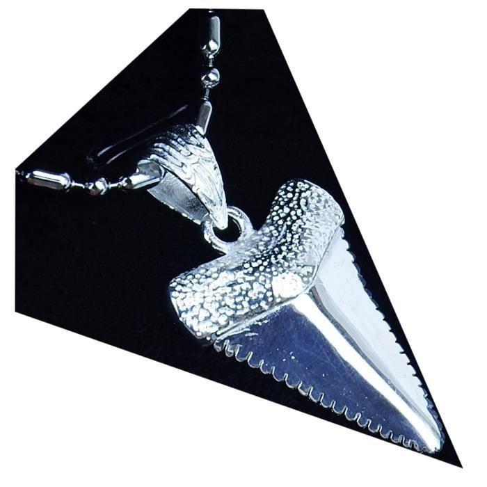 collier argent dent de requin