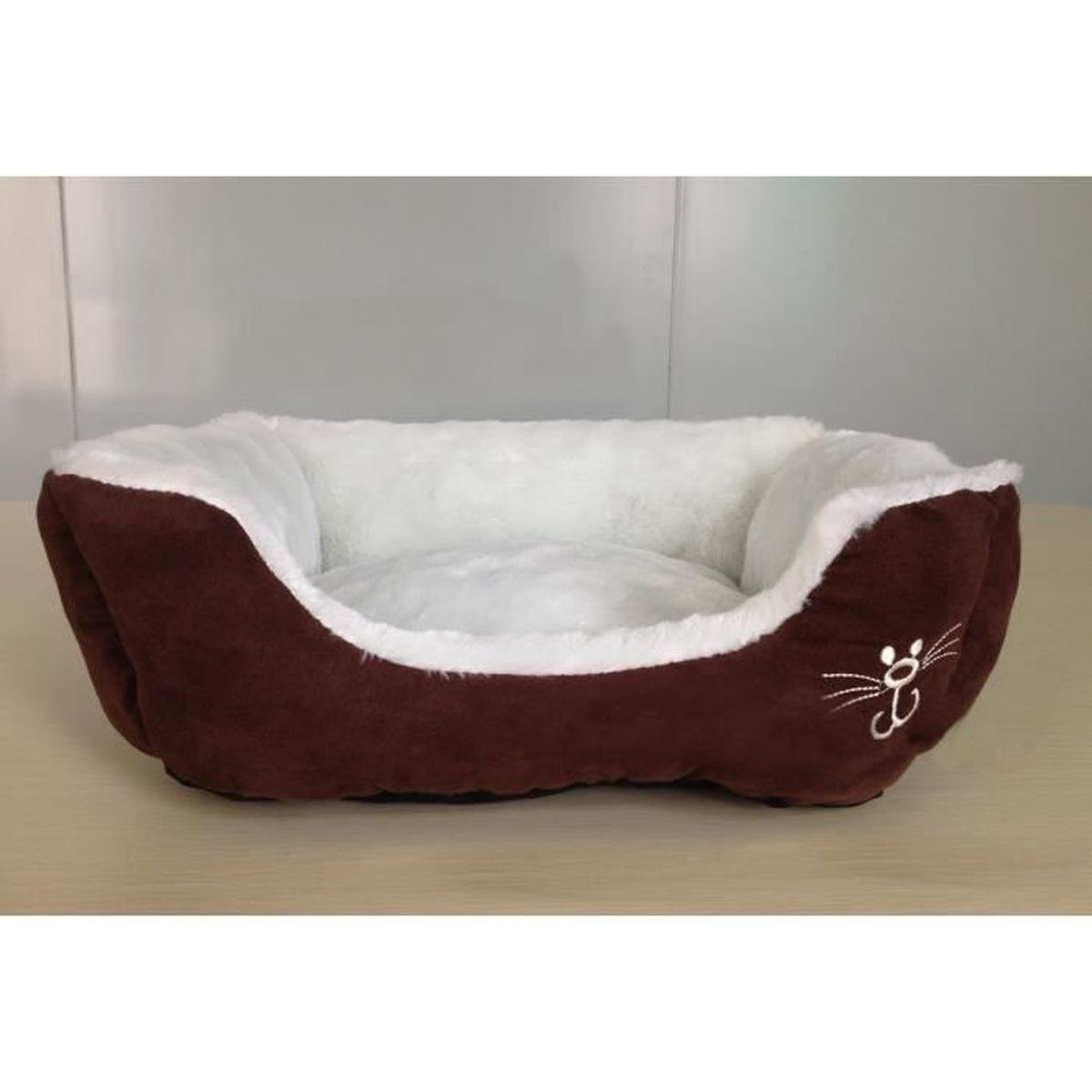 lit couchage pour chat chien objet animalerie en su d en peluche couleur caf brun marron blanc. Black Bedroom Furniture Sets. Home Design Ideas