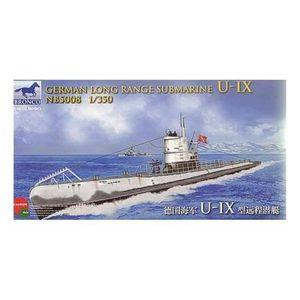 MAQUETTE DE BATEAU Sous-marin à long rayon d'action allemand Type IX