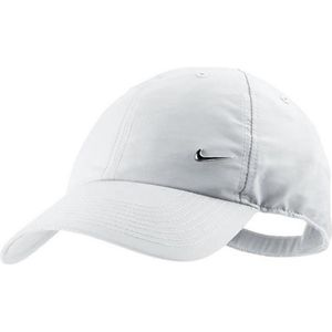 casquette nike homme achat vente casquette nike homme. Black Bedroom Furniture Sets. Home Design Ideas