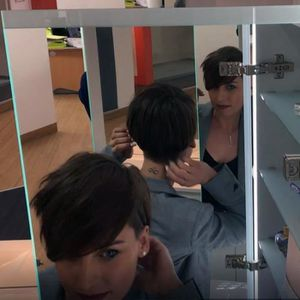 MIROIR SALLE DE BAIN Armoire miroir LED ARMILED avec 2 portes, étagères