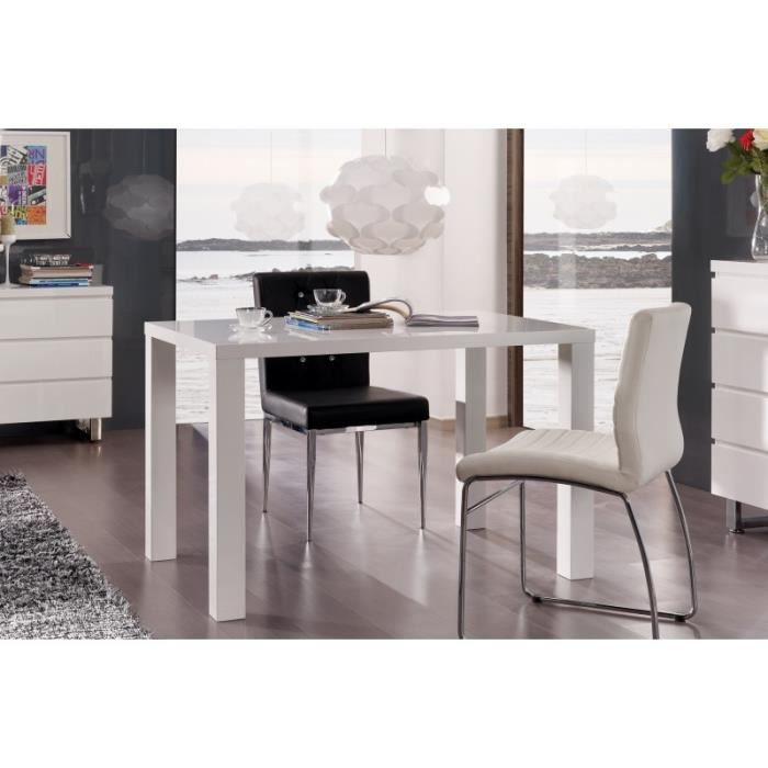 Table CORFU blanche laquée. Élégante par son style épuré. Blanc