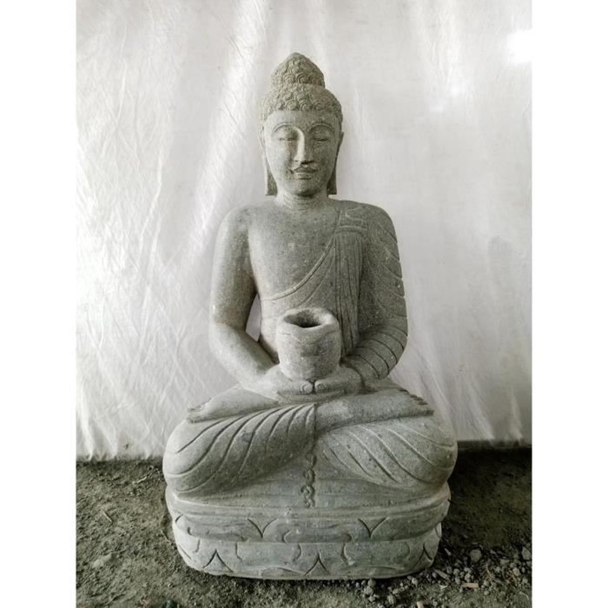 interesting jardin zen statue extrieur bouddha assis bol cm with statue zen exterieur. Black Bedroom Furniture Sets. Home Design Ideas