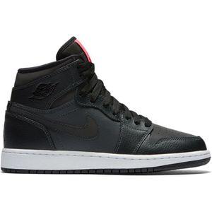BASKET MULTISPORT Chaussures Nike Air Jordan 1 Retro High GG