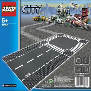 ASSEMBLAGE CONSTRUCTION LEGO® City 7280 Route droite et Carrefour