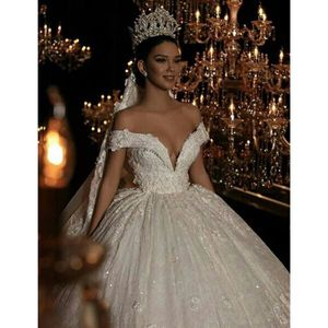 Robe de mariee grande taille princesse -