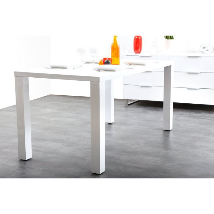 Miliboo table manger design laqu e blanche achat for Table a manger design