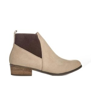 pour Janet en femme crèmeCrème Boots Chelsea Dolcis 5L3j4AR