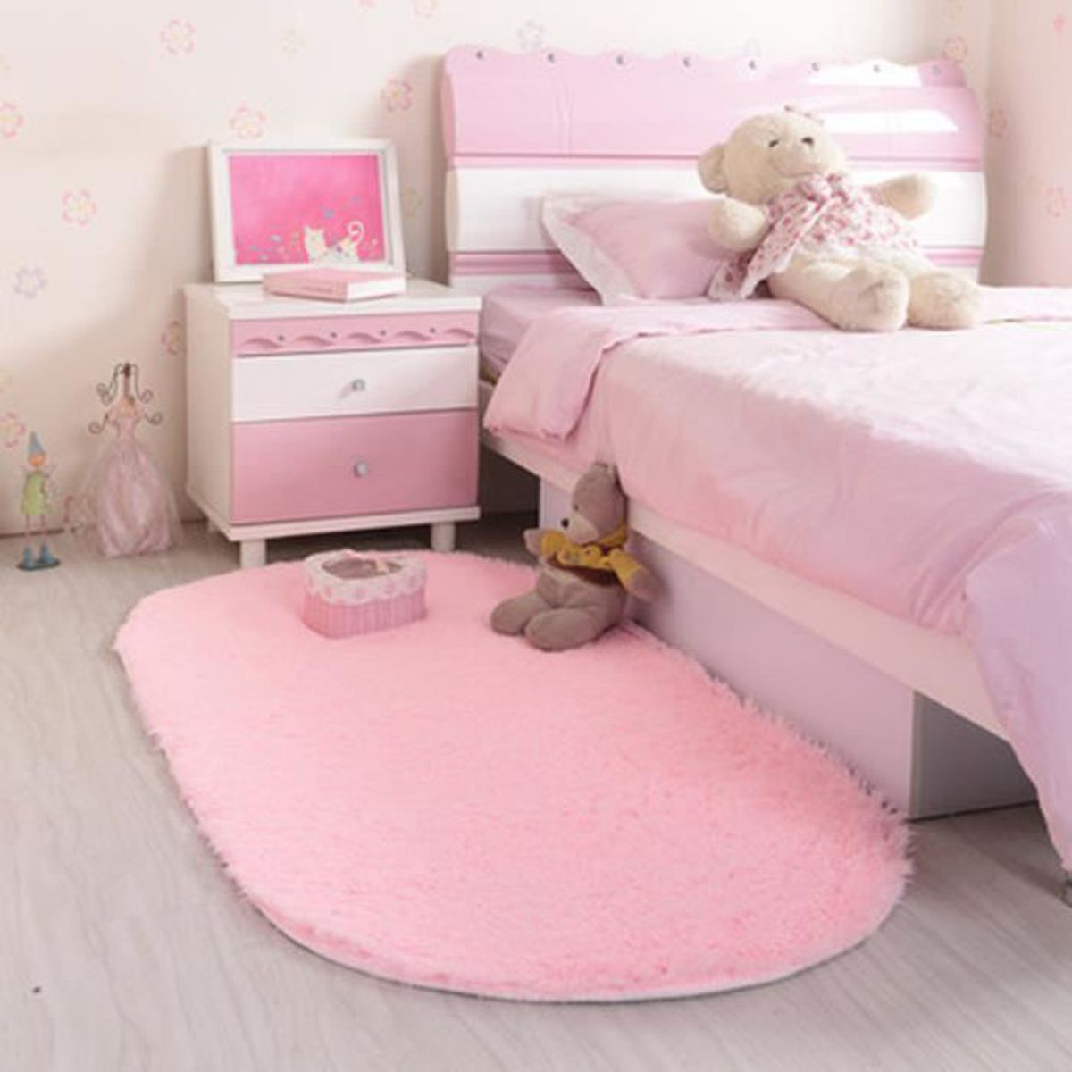 tapis chambre fille pas cher simple charmant tapis. Black Bedroom Furniture Sets. Home Design Ideas