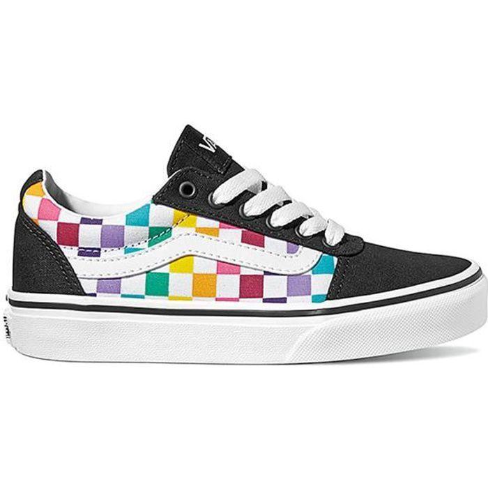 Scarpe Vans Ward - VN0A3TFWV2K Le Checkerboard Old Skool, le classiche scarpe da skater Vans e le prime identificate dall'iconico