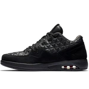 BASKET Air Jordan - Clutch - Noir - 845043-002
