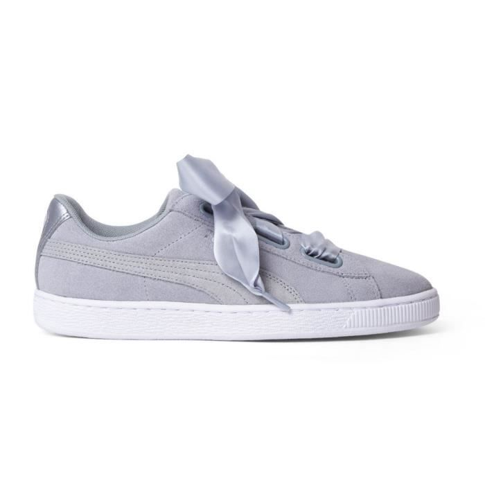 wholesale dealer 2143f e9991 BASKET PUMA Baskets Suede Heart Safari Chaussures Femme. Baskets quarry ...