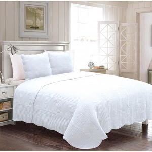 dessus de lit blanc achat vente dessus de lit blanc. Black Bedroom Furniture Sets. Home Design Ideas