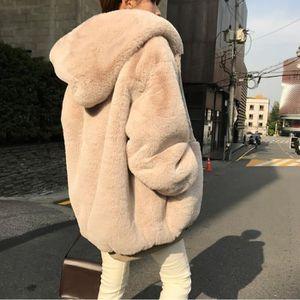 cherche manteau fourrure femme rencontre femme en bottes