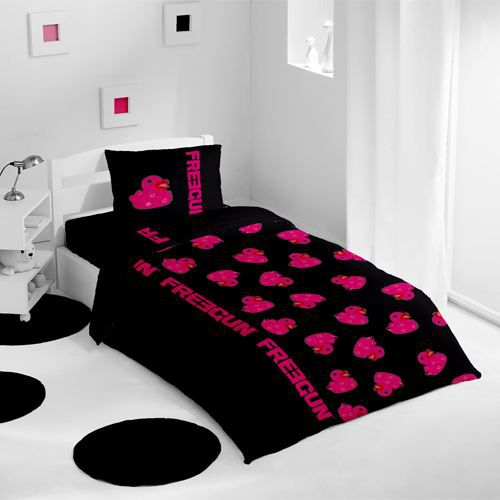 housse de couette et une taie ducky noir achat vente. Black Bedroom Furniture Sets. Home Design Ideas