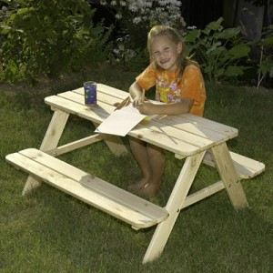 table jardin pour enfants en bois gaspo achat vente table de pique nique table enfant bois. Black Bedroom Furniture Sets. Home Design Ideas