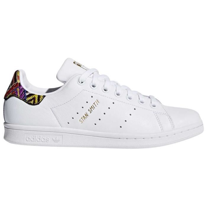 Chaussures femme Baskets Adidas Originals Stan Smith Blanc ...