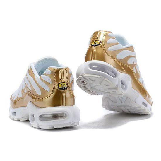 NIKE Baskets Air Max Plus TN Chaussures - Homme - Blanc - Or ...