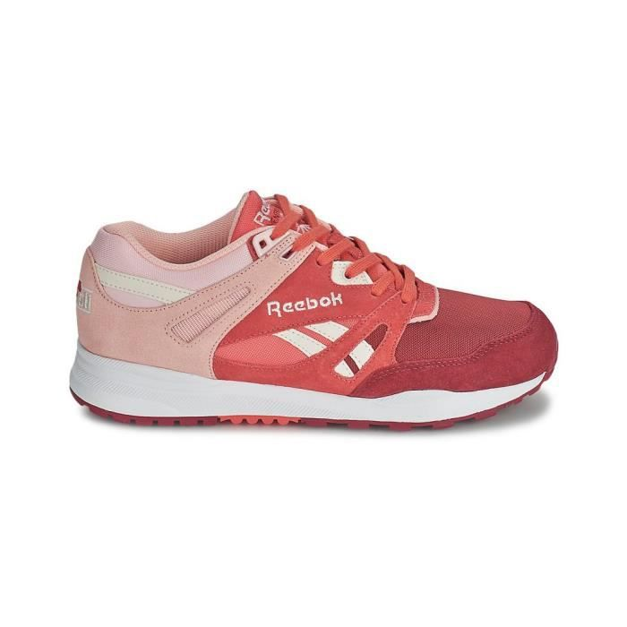 rouge de baskets reebok ventilator rose blanc. Black Bedroom Furniture Sets. Home Design Ideas