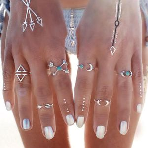Ever Faith/® Femme Parure S/érie Combinaison Amour Infini Cristal Autrichien Strass Bijoux Mariage Collier Boucles doreilles