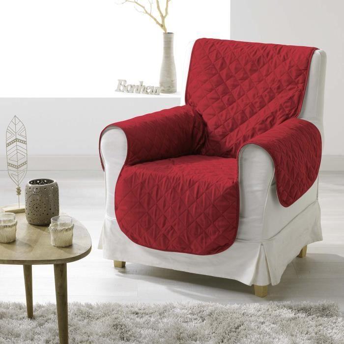 DOUCEUR d'INTERIEUR Protège fauteuil matelassé Club 165x179 cm rouge