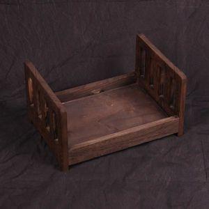 LIT BÉBÉ Photo en bois de cadeau de lit de lit de bébé posa