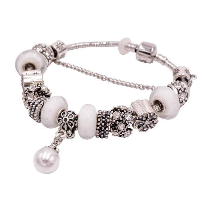 Bracelet en métal argenté et ses Charms Perles de verre blanche et Pendentif Perle Nacrée