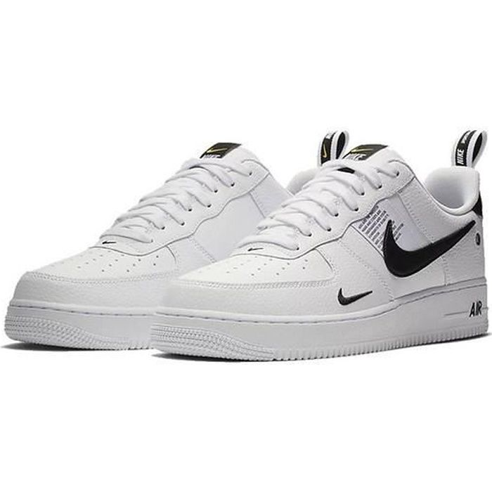 Baskets Nike Air Force 1 Low '07 LV8 Utility Chaussures de Running pour Homme Femme Blanc