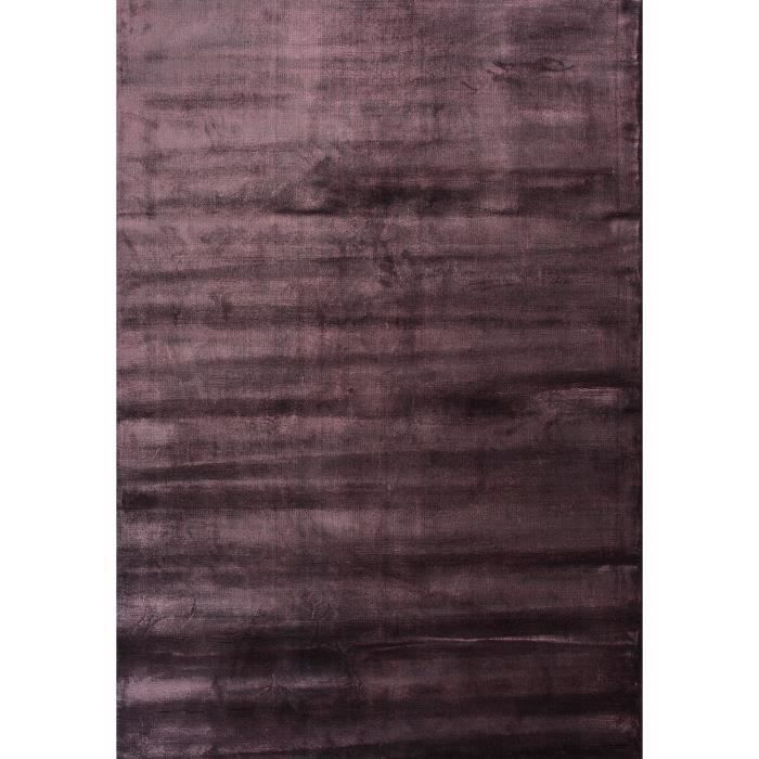 tapis brillant pour le sejour lucens violet 200x300 par unamourdetapis tapis moderne achat. Black Bedroom Furniture Sets. Home Design Ideas