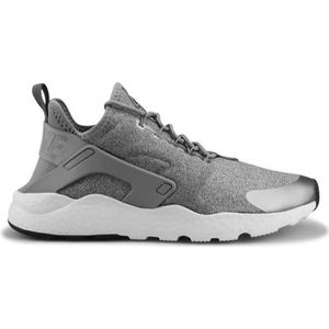BASKET Basket Wmns Nike Air Huarache Run Ultra Se Gris 85