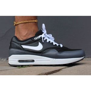 BASKET Baskets Nike Air Max 1 LTR Noir. 654466-001.