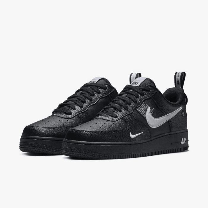 Basket Nike Air Force 1 Low 07 LV8 Utility Originals Chaussures Baskets AF1  Airforce One pour Homme Femme Noir