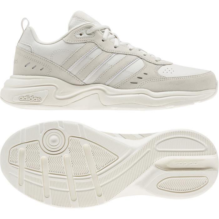Chaussures de training adidas Strutter