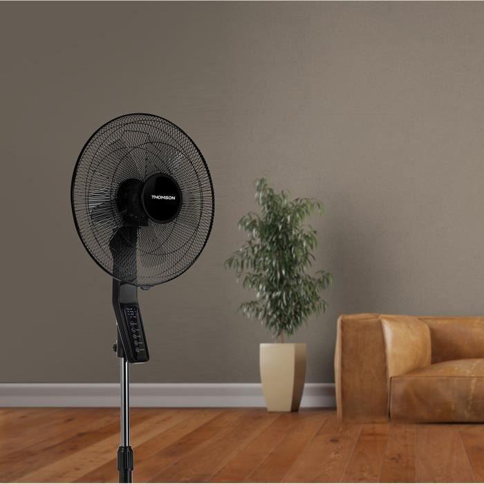 THOMSON Ventilateur sur pied - diamètre 40 cm - LED - Clavier tactile - Minuteur 7h30 - 3 vitesses - 3 modes de fonction - Noir
