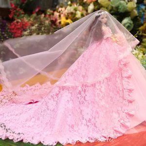 POUPÉE Robe de mariée traînante cadeau d'anniversaire fil