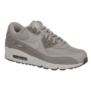 BASKET MULTISPORT Basket Nike air max 90 essentiel en cuir et textil