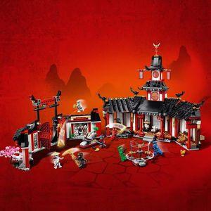 ASSEMBLAGE CONSTRUCTION LEGO NINJAGO - Le monastère de Spinjitzu - 70670 -