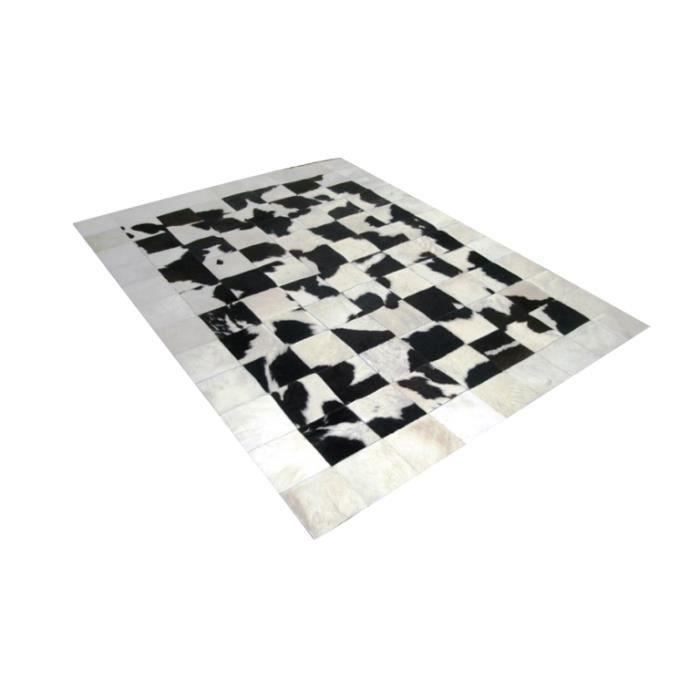 peau de vache krista patchwork blanche et noire tendance 120x180cm achat vente tapis. Black Bedroom Furniture Sets. Home Design Ideas